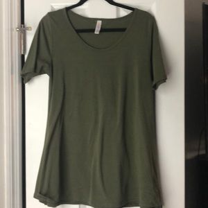 Tops - Solid army green lularoe perfect t